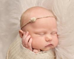 Toledo_Newborn_Photography-20180416001918.jpg