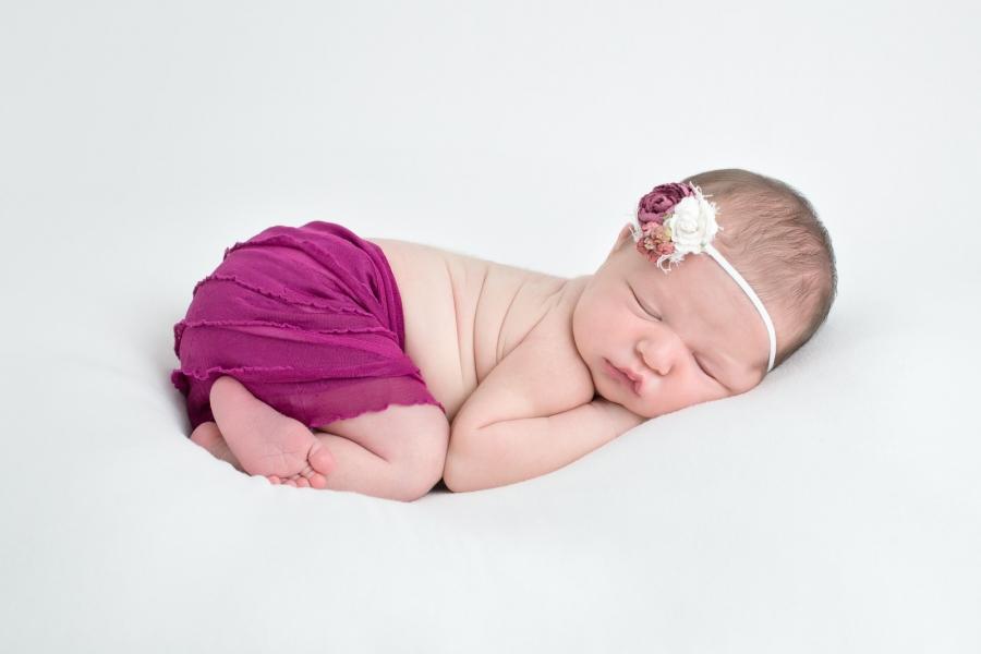 Toledo_Newborn_Photography-20170612024711.jpg