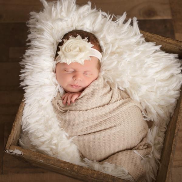 Toledo_Newborn_Photography-20180328003849.jpg