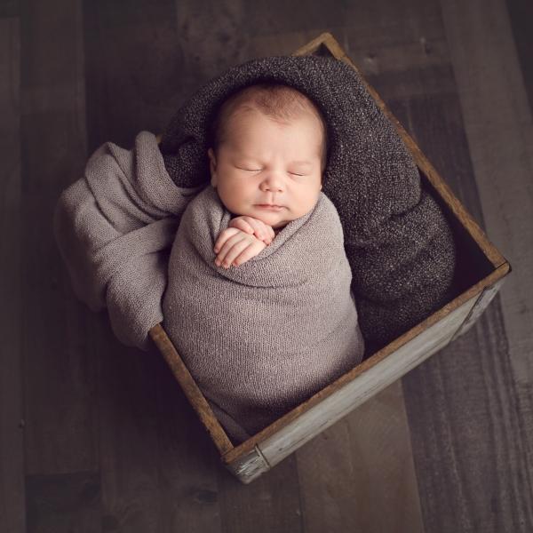 Toledo_Newborn_Photography-20180404231741.jpg