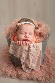 Toledo_Newborn_Photography_Studio-20180514-004413.jpg