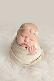 Toledo_Newborn_Photography_Studio-20180416-001612.jpg
