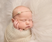 Toledo_Newborn_Photography_Studio-20180416-001918.jpg