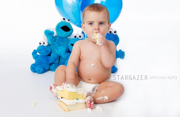 1-year-old-cake-smash1-20001231190523-620x403.jpg