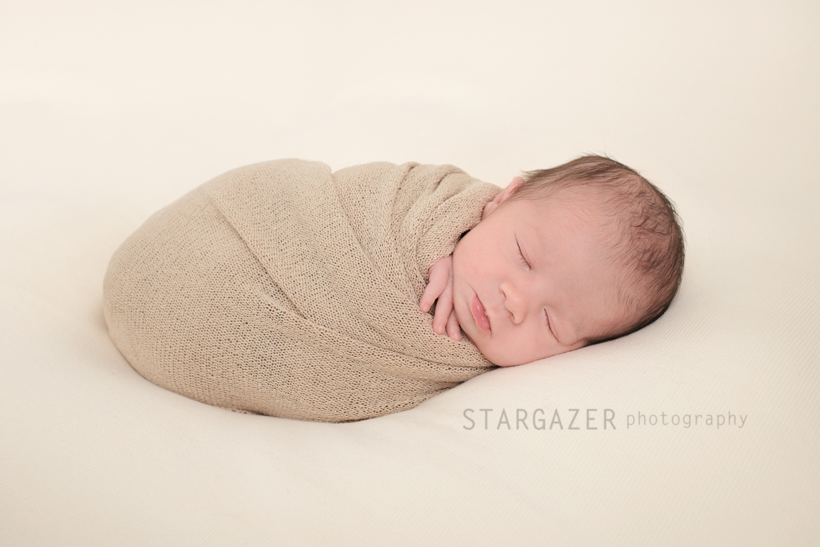 Newborn_Photography_Perrysburg_Ohio-20171211005845