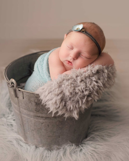 toledo_newborn_photography-20181120174924-496x620.jpg