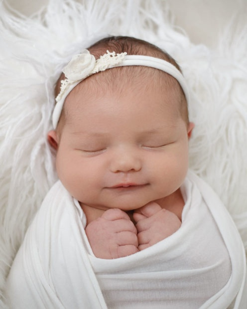 toledo-newborn-photographer-20191113142949-496x620.jpg