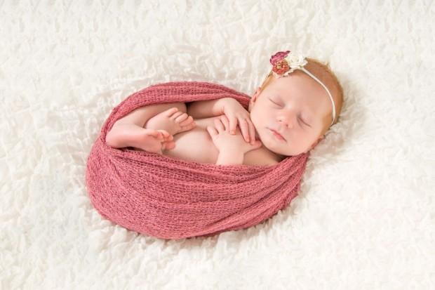 Newborn_Infant_Portrait_Toledo20150604035247-620x413.jpg